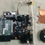 ThinkPad X201i の分解作業