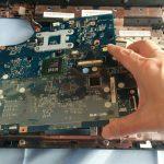 Lenovo G560e の分解作業